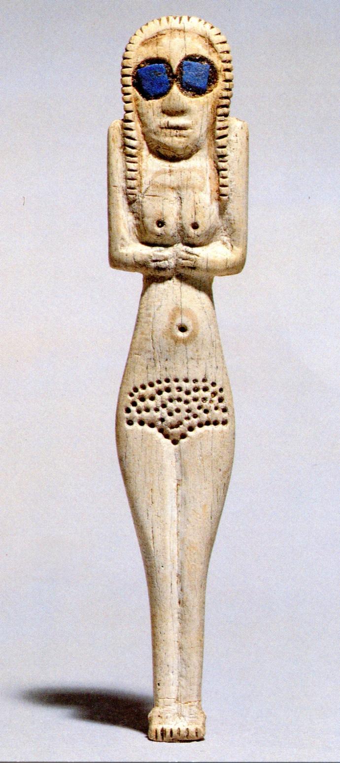789 art égyptien Bone figurine with lapis lazuli eyes,  from Upper Egypt, Early Predynastic period, Naqada I, 4000-3600 BC.jpg