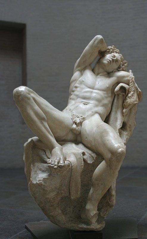 679b  Art grec  faune dit de barberini -Asie mineure fin du IIIe siècle av. notre ère.jpg