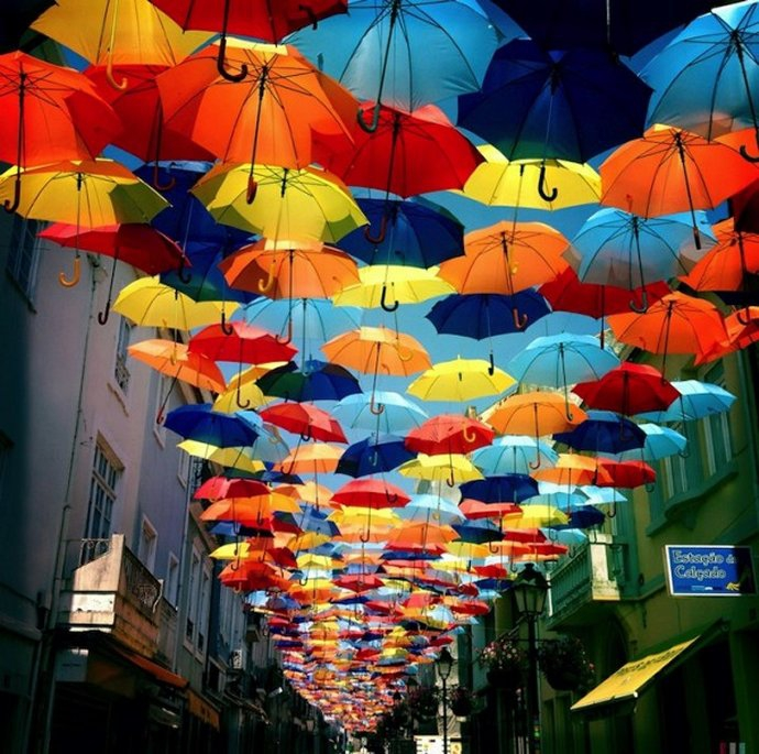 +522 Patrícia Almeida colorful-canopies-of-umbrellas-in-Agueda Portugal.jpg