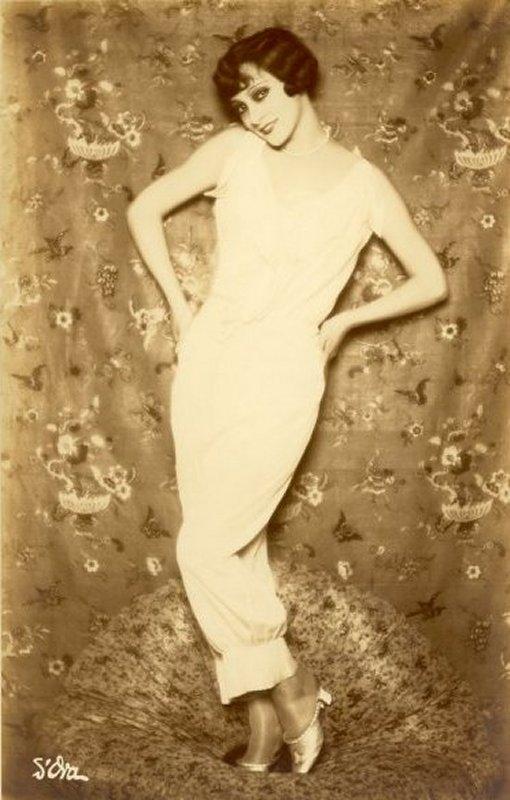 +++Dora Kallmus  -  sans titre c.1920 (2).jpg