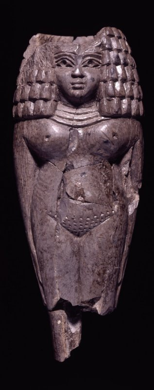 869 Art phénicien h Ivory female figure with hair in Egyptian fashion  9th - 8th Century BC.jpg