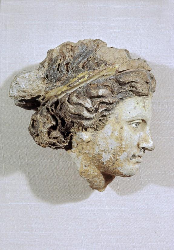 856 Art étrusque  tête de femme  4th-3rd Century BC.jpg