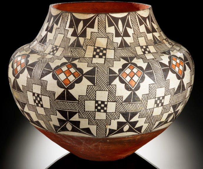 748b Acoma polychrome jar ca. 1900–1920 Acoma Pueblo, New Mexico.jpg