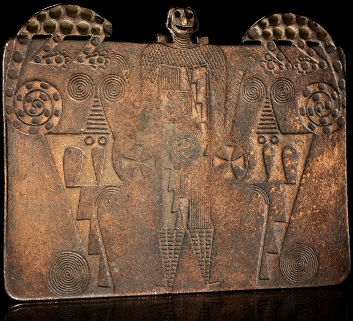 1001 Bronze plaque AD 900–1500 Atacama Desert, Argentina Copper alloy.jpg