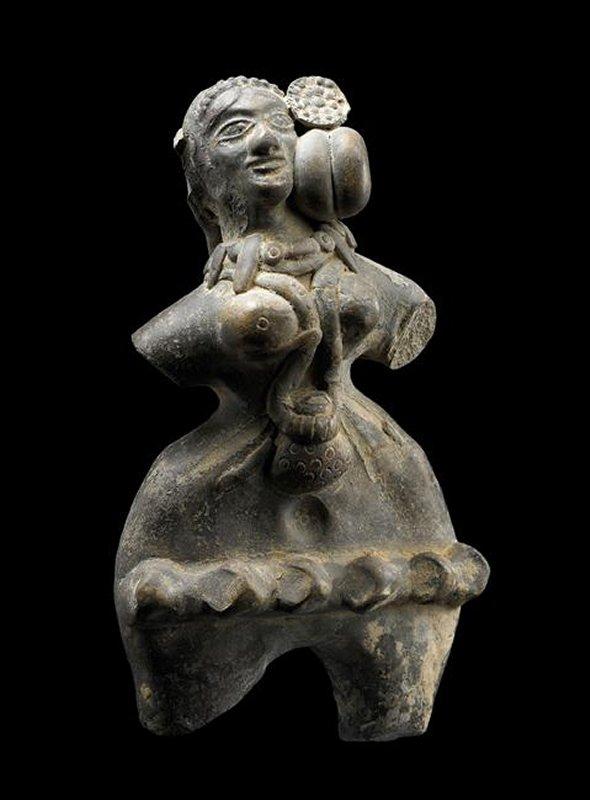+653 dynastie Maurya Statuette féminine votive -déesse mère - 3e siècle av notre ère Mathura Inde.jpg