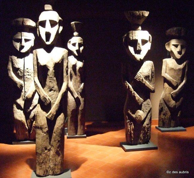 +899 culture Mapuche Chemamull2.jpg