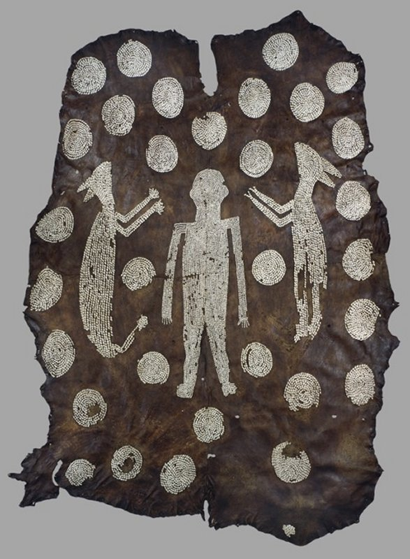 +589 culture Algonquian , Virginia  Powhatan's Mantle  before 1638   Deer hide, marginella shells.jpg