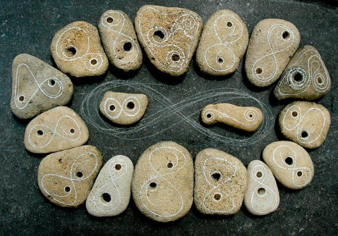 ++924 Jos van Wunnik infinity stones (stage 1).jpg