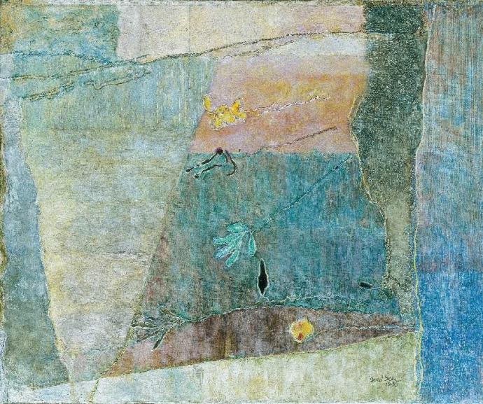 756 Ilka Gedő  Artificial Flower with a Grey Background    1981.jpg