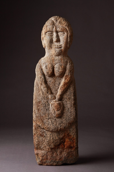 818 Ancient Northern British Celtic Gneiss Stone Female Figure of a Goddess 200 to 300 BC.jpg