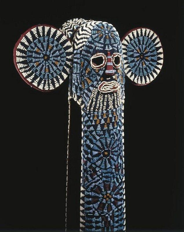 820 Bamileke Elephant mask Cameroun.jpg