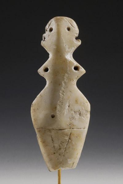 813 Neolithic schematic marble idol, 3500 BC, Anatolie.jpg
