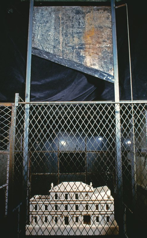 518 Louise Bourgeois Cell (Choisy), 1990-1993.jpg