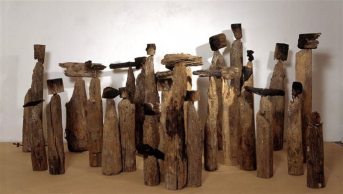 ++1187 El_Anatsui_Akua's Surviving Children, 1996.jpg