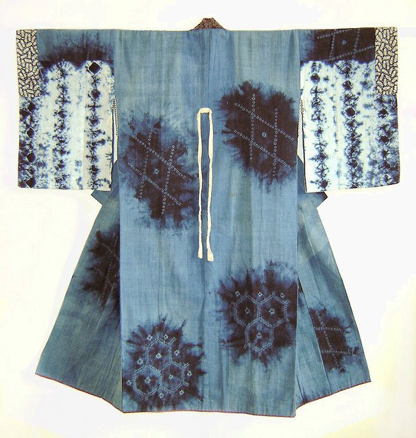 +678 A Northern Japanese Indigo Dyed Shibori Juban.jpg